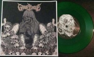 "GRAVE PLAGUE (USA) – 'The Infected Crypts' 7""EP (Green vinyl)"